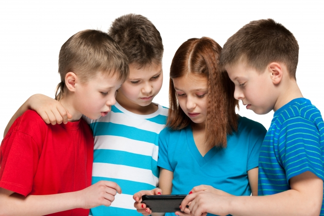 Picture from 4 Questions to Ask Before You Buy Your Child a Smartphone