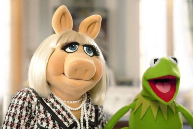 Picture from Miss Piggy And Kermit Call It Quits