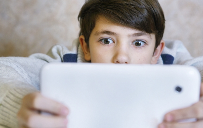 Picture from 6 Ways Screen Time Is Hurting Your Child