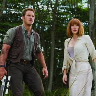 Jurassic World Dominates the Weekend Box Office
