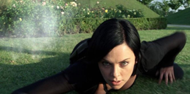 Aeon Flux parents guide