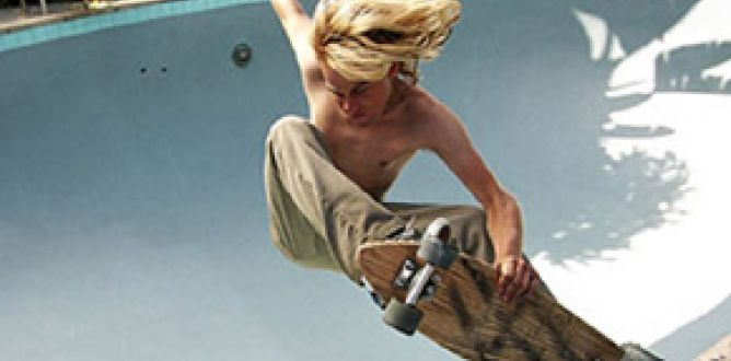 Lords of Dogtown parents guide