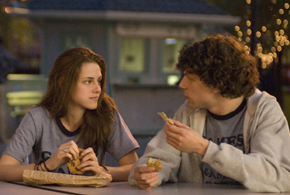 Still shot from the movie: Adventureland.