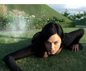 Still shot from the movie: Aeon Flux.