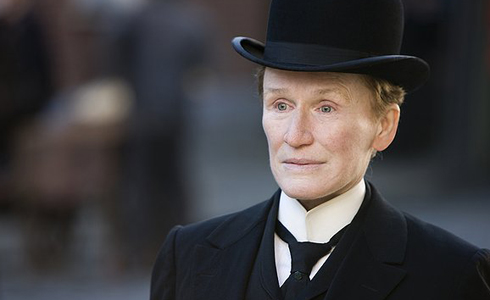 Still shot from the movie: Albert Nobbs.