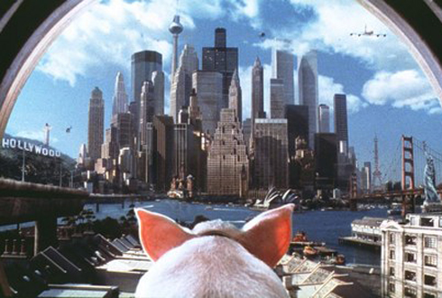 Still shot from the movie: Babe: Pig In The City.