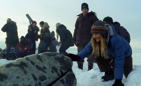 Still shot from the movie: Big Miracle.