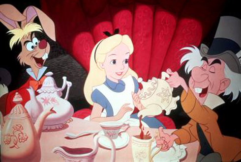 Still shot from the movie: Alice in Wonderland (Disney's).