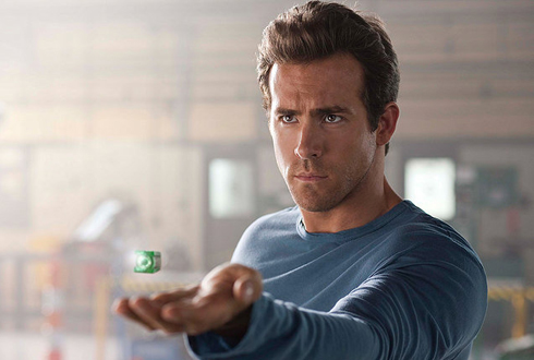 Still shot from the movie: Green Lantern.