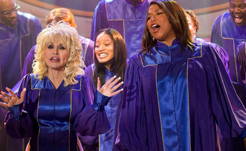 Still shot from the movie: Joyful Noise.