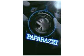 Still shot from the movie: Paparazzi.